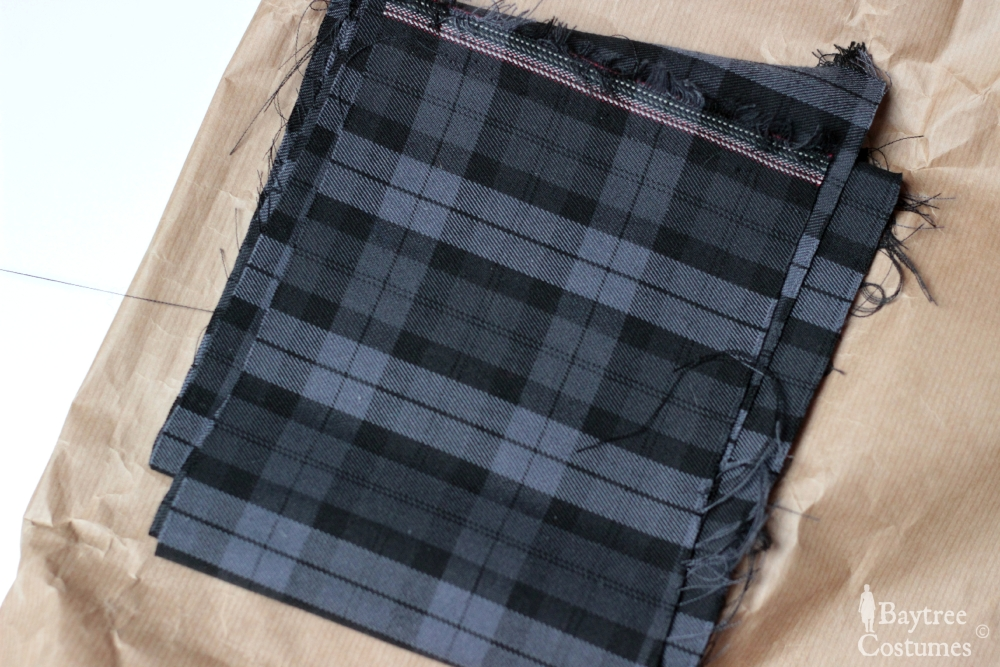 How to make an Outlander costume – Part 1: Arisaid / Great Kilt (3/6)